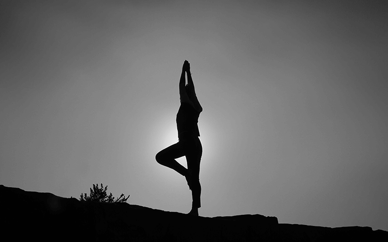 Daily Yoga Practice & Mindfulness Tips